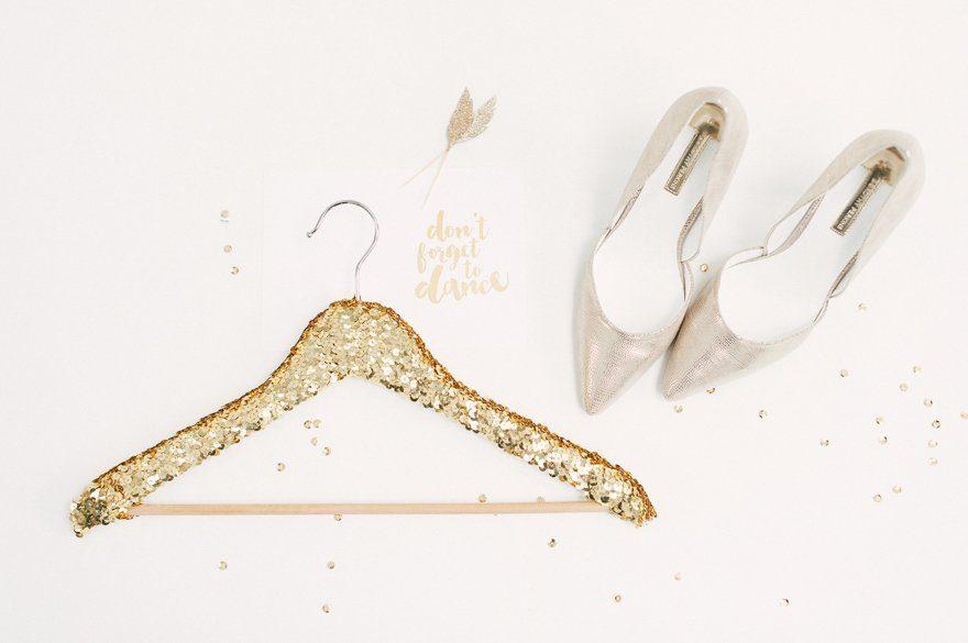 DIY Kleiderbügel für das Brautkleid 6