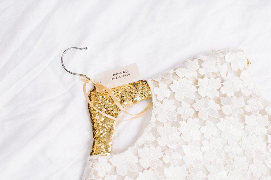 DIY Kleiderbügel für das Brautkleid 8