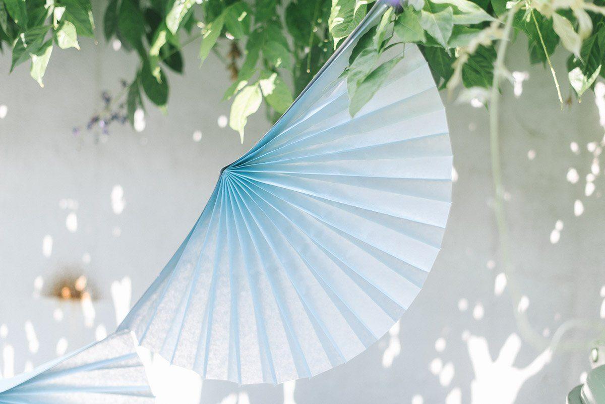 faltrosetten girlande himmelblau fr ulein k sagt ja. Black Bedroom Furniture Sets. Home Design Ideas