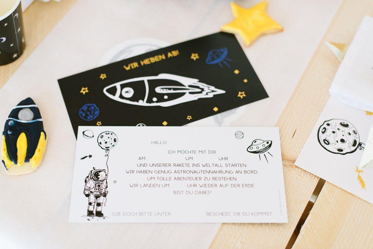 Mit Dieser Ansage Werden Die Gäste Schon Mit Der Einladung Auf Die Party  Eingestimmt. Die Karte Kann Bequem Ausgefüllt Und Stolz übergeben Werden.