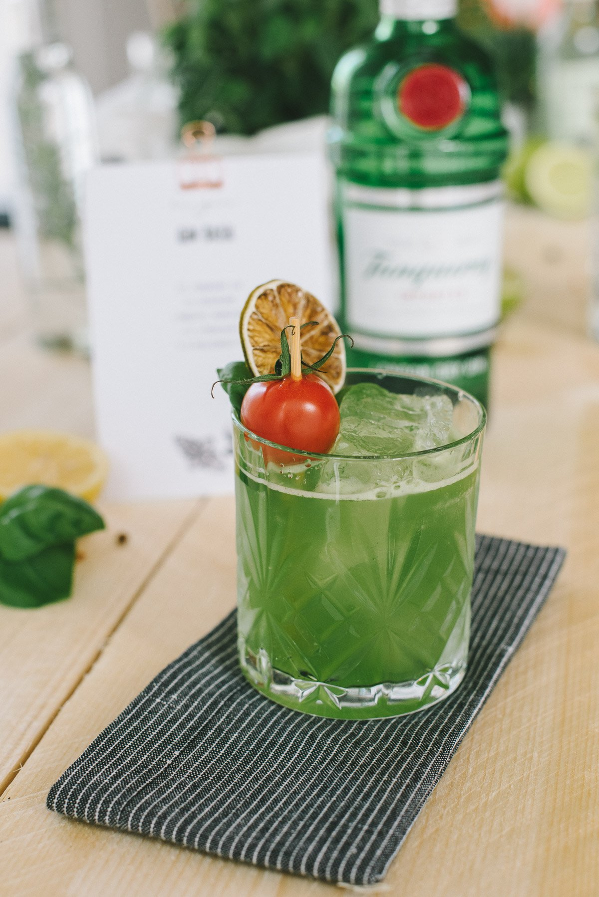 Basil Smash Gin Drink