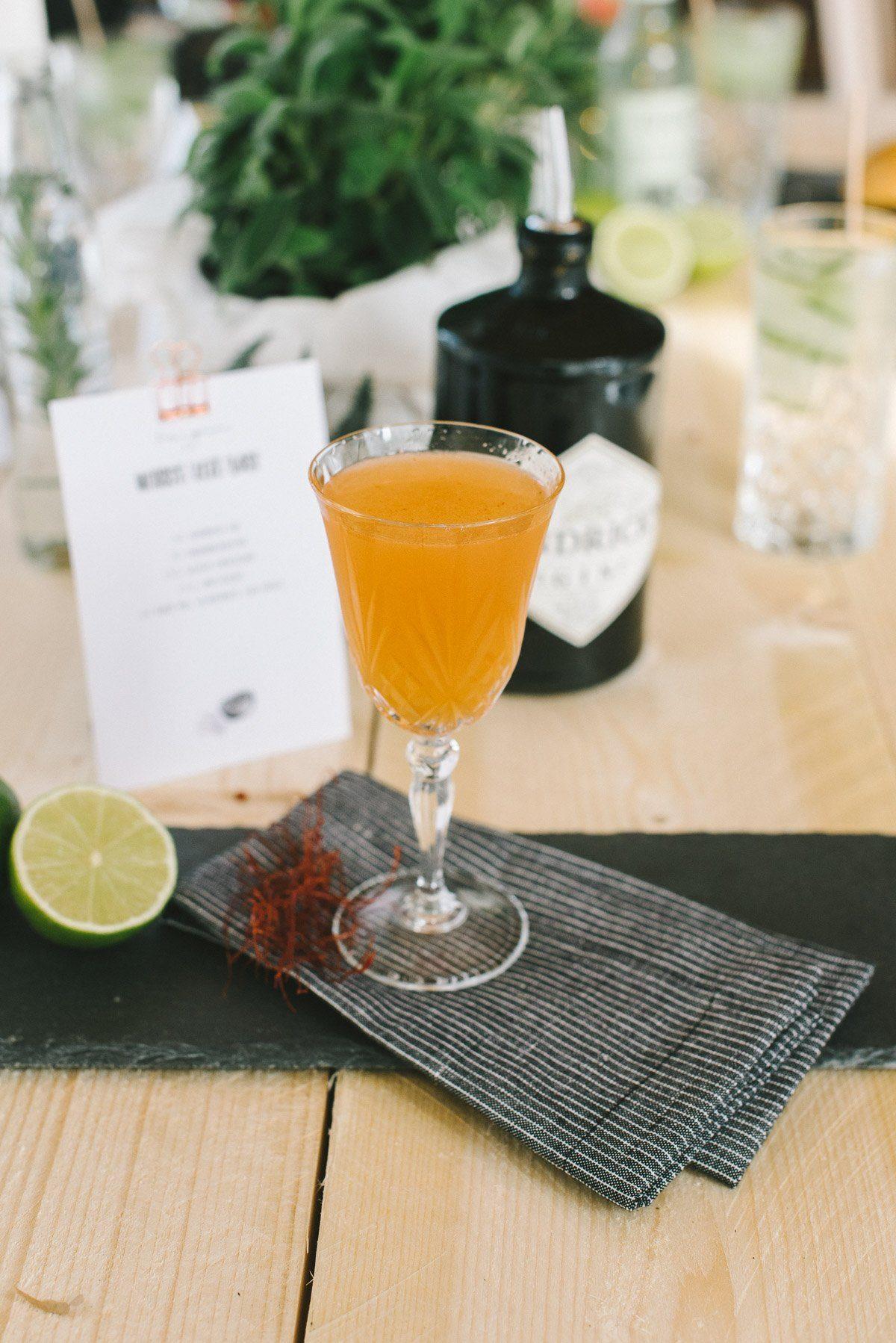 Gin Cocktail mit Chilifäden