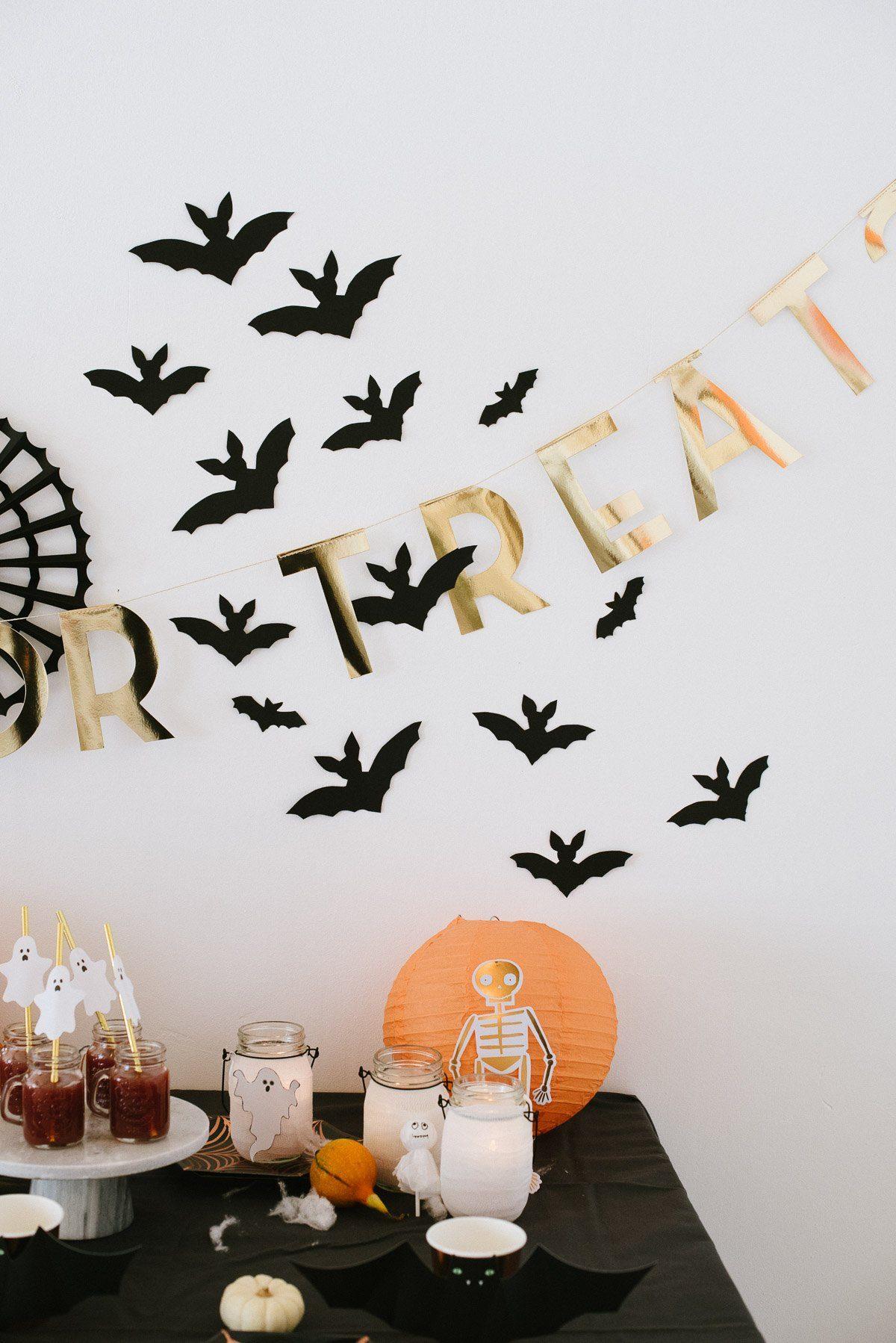 Wanddekoration mit Fledermäusen
