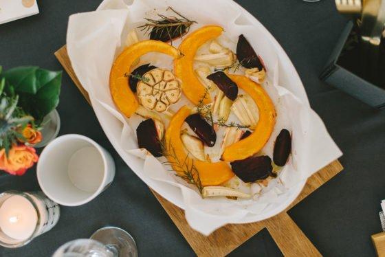 Rezept: Ofengemüse mit Ziegenfrischkäse-Kresse-Wasabi Dip