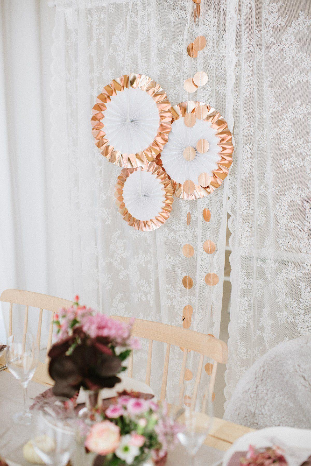 Rosegolden paper fans