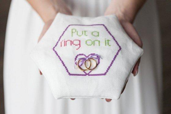 Hexagonliebe! Eine moderne, farbenprächtige Hochzeitsinspiration