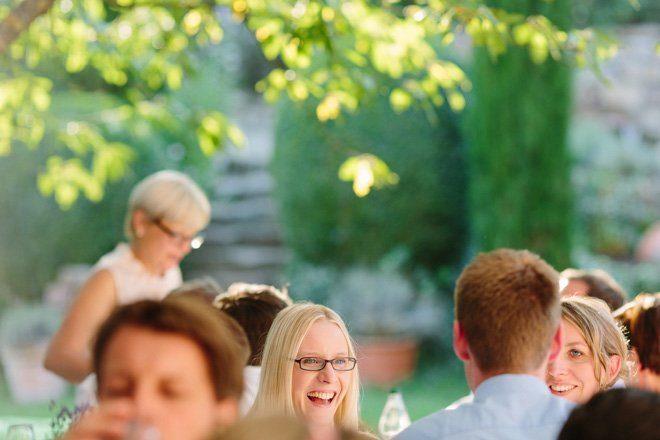 Hochzeit auf dem Bauernhof - Natürliche Hochzeit fotografiert von Aline Lange10