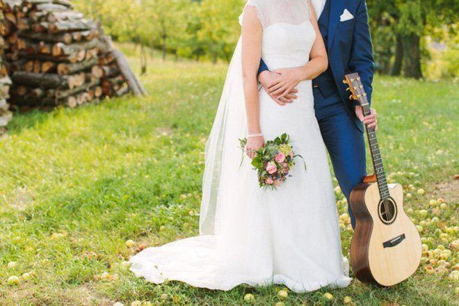Hochzeit auf dem Bauernhof - Natürliche Hochzeit fotografiert von Aline Lange18