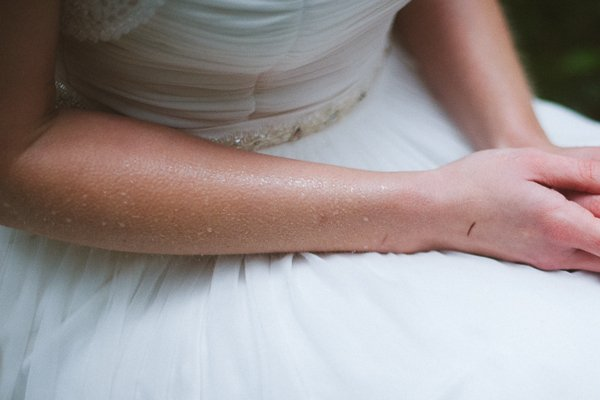 Hochzeit im Winter mit Gold und Glitzer von Fraeulein K sagt Ja 25
