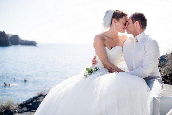 Weißes Kleid trifft auf Schwarzen Sand, Hochzeit auf La Palma