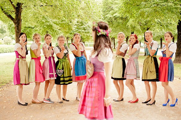Ein Junggesellinenabschied Im Dirndl - Auf Gehtu0026#39;s Nach Mu00fcnchen! - Hochzeitsblog Fru00e4ulein K. Sagt ...