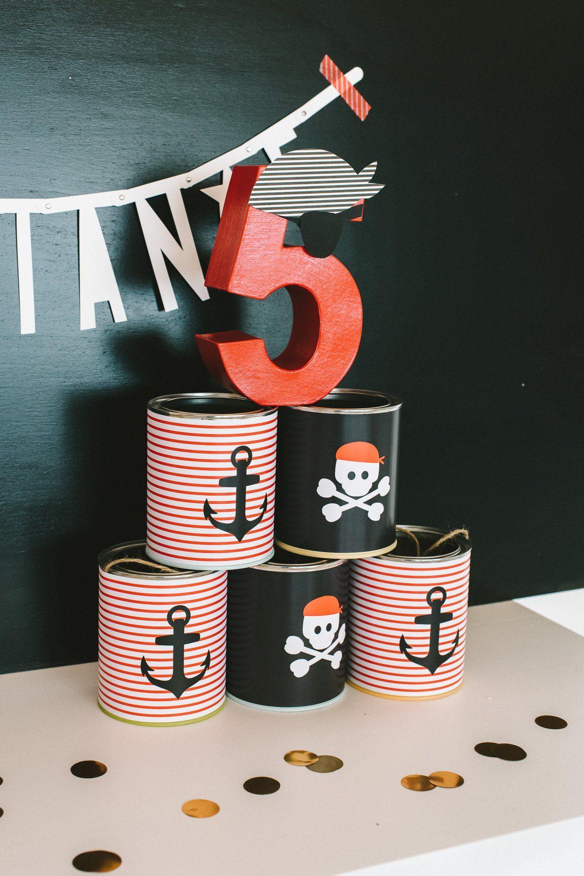 geburtstagsbox piraten fr ulein k sagt ja partyshop. Black Bedroom Furniture Sets. Home Design Ideas