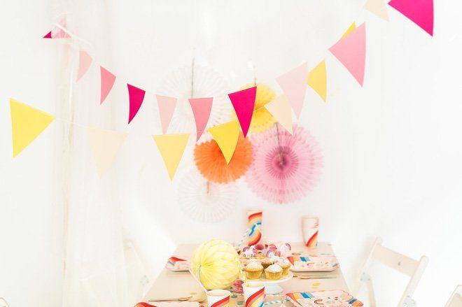 Mädchengeburtstag mit Einhorn und Regenbogen - Dekoration, Spiele, Kuchen und Gastgeschenke