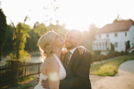 Liebevoll traditionell: Eine Hochzeit auf Schloss Pertenstein von Kristina Assenova