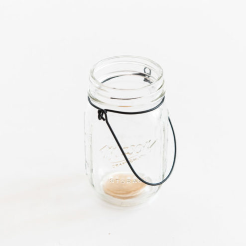 mason jar glas zum aufh ngen hochzeitsblog fr ulein k sagt ja partyshop. Black Bedroom Furniture Sets. Home Design Ideas