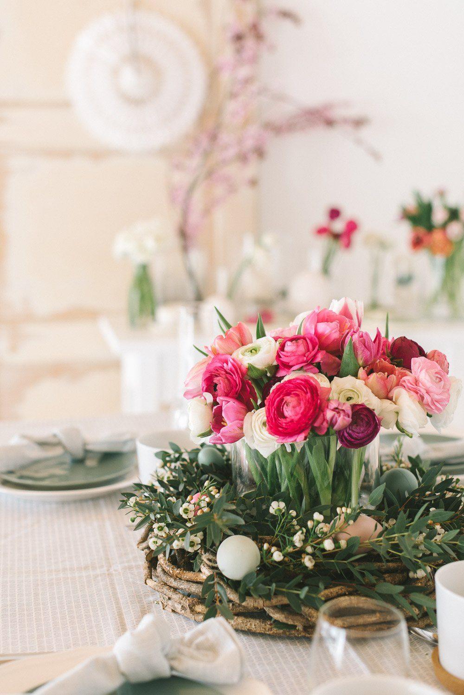 Frühlingsblumen Tischdekoration Hochzeit