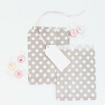 Papiertüten grau weiß gepunktet-001