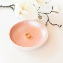 Ringschale aus Holz in Gold, Rosé und perlmutt Weiß-3