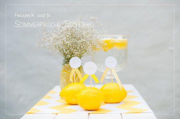 Sommerliche Tischdeko mit gelben Zitronen by Fräulein K sagt Ja