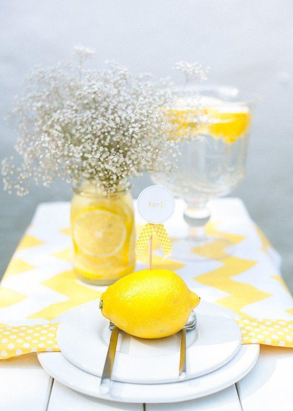 Sommerliche Tischdeko mit gelben Zitronen by Fräulein K sagt Ja9