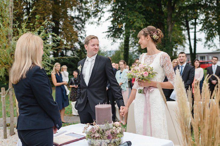 Spitzville am Traunsee - Eine Hochzeit im Freien von Julia Kollmann 18