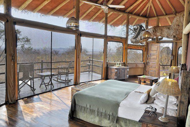 Tarangire Treetops_bed room