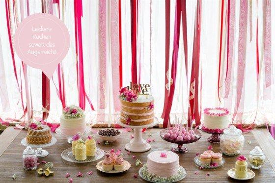 Nackige Hochzeitstorten, kleine Törtchen, Cakepops und Cookies – Hauptsache Kuchen!