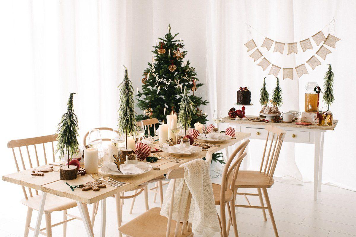 Weihnachtsdeko Holz Modern.Natürlich Gemütlich Rot Eine Traditionelle Und Doch Moderne Weihnachtsdeko Fräulein K Sagt Ja Hochzeitsblog