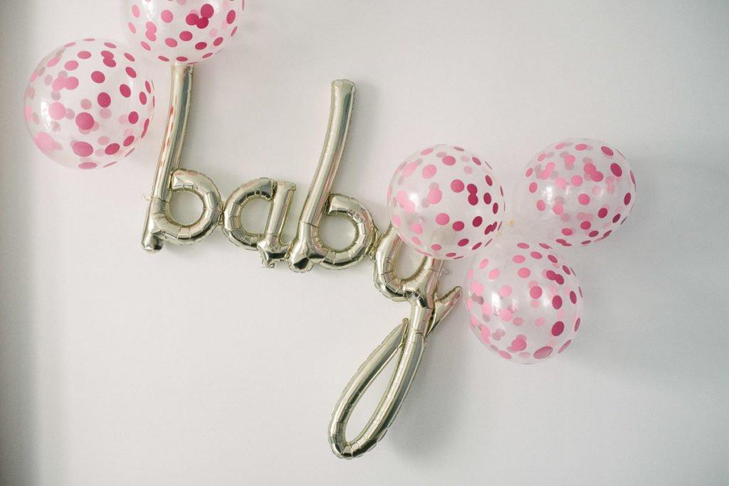 Baby Luftballon Script gold