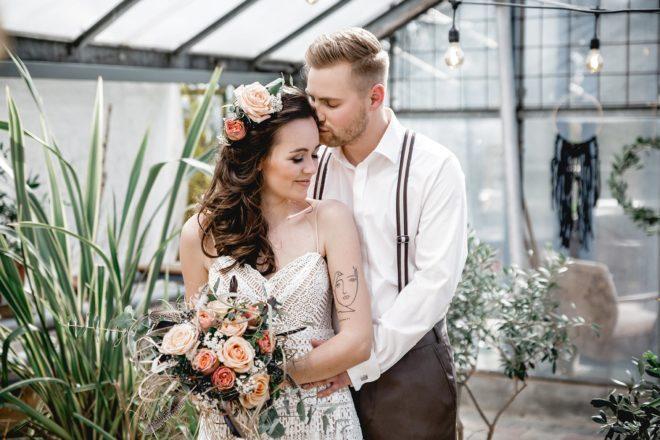 Boho Hochzeit im Gewächshaus