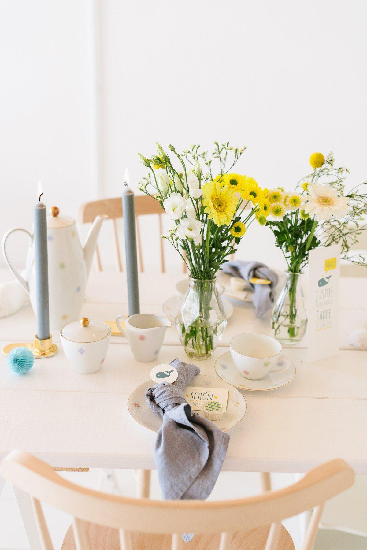 Tischdeko mit Blumen Taufe Jungen