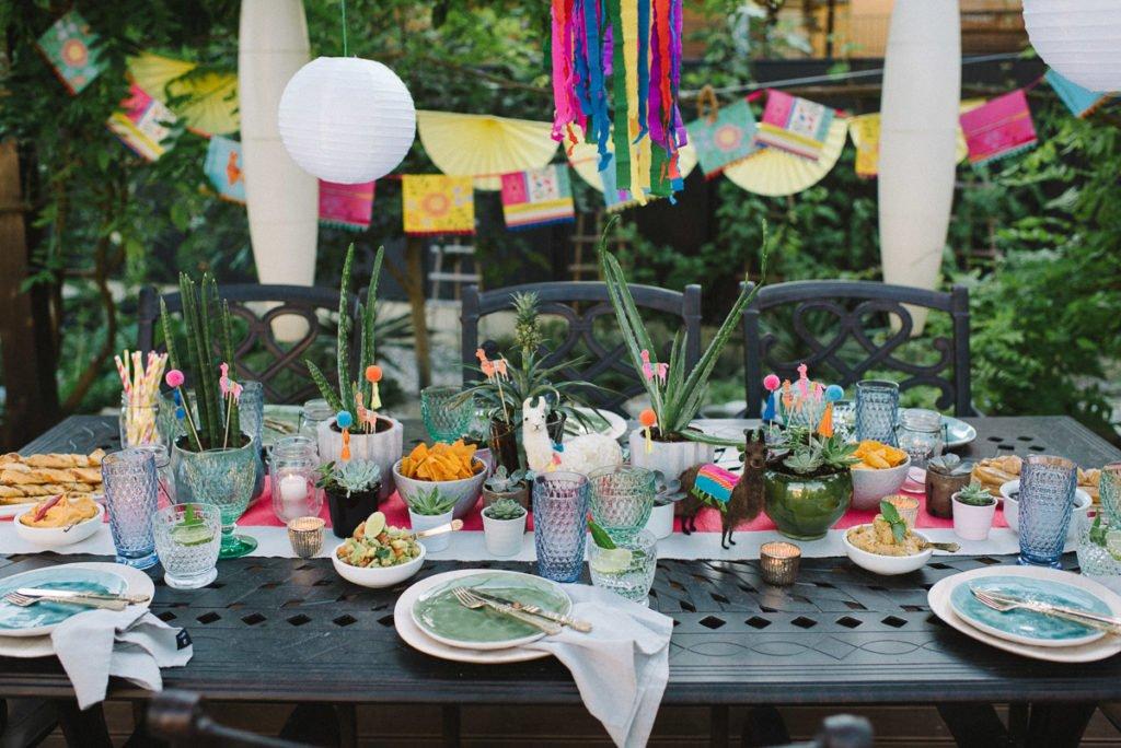 Tischdekoration mexikanische Gartenparty