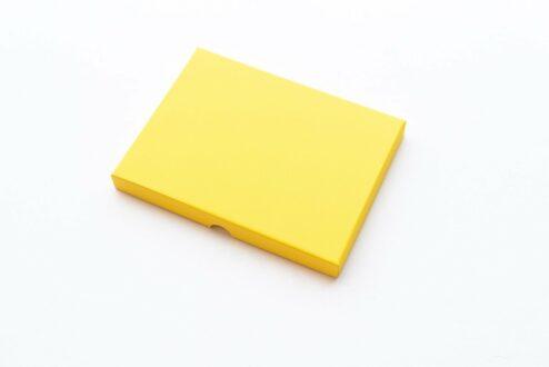 Fotoschachtel aus gelbem Karton
