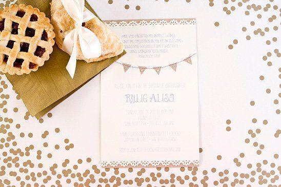 Tischdeko mit Kraftpapier und Zickzack Muster