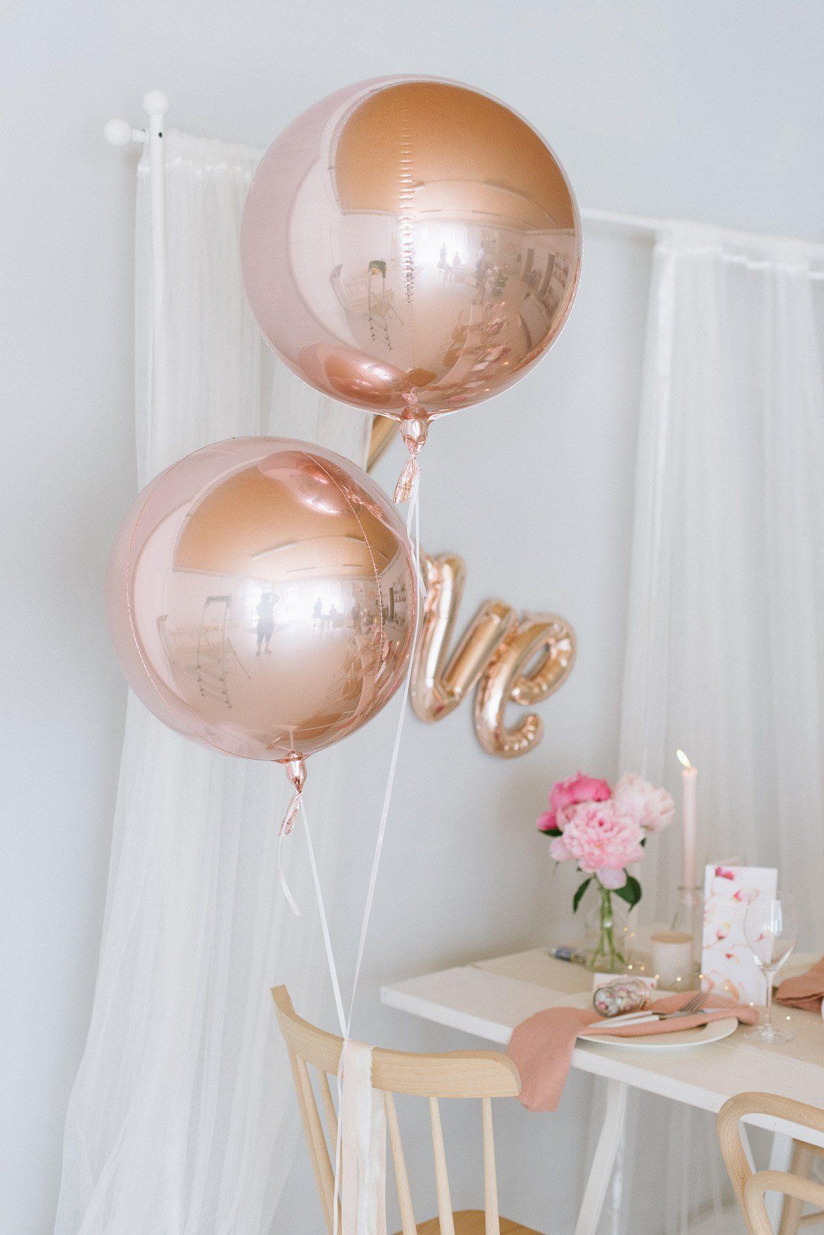 roségoldene Kugelballons