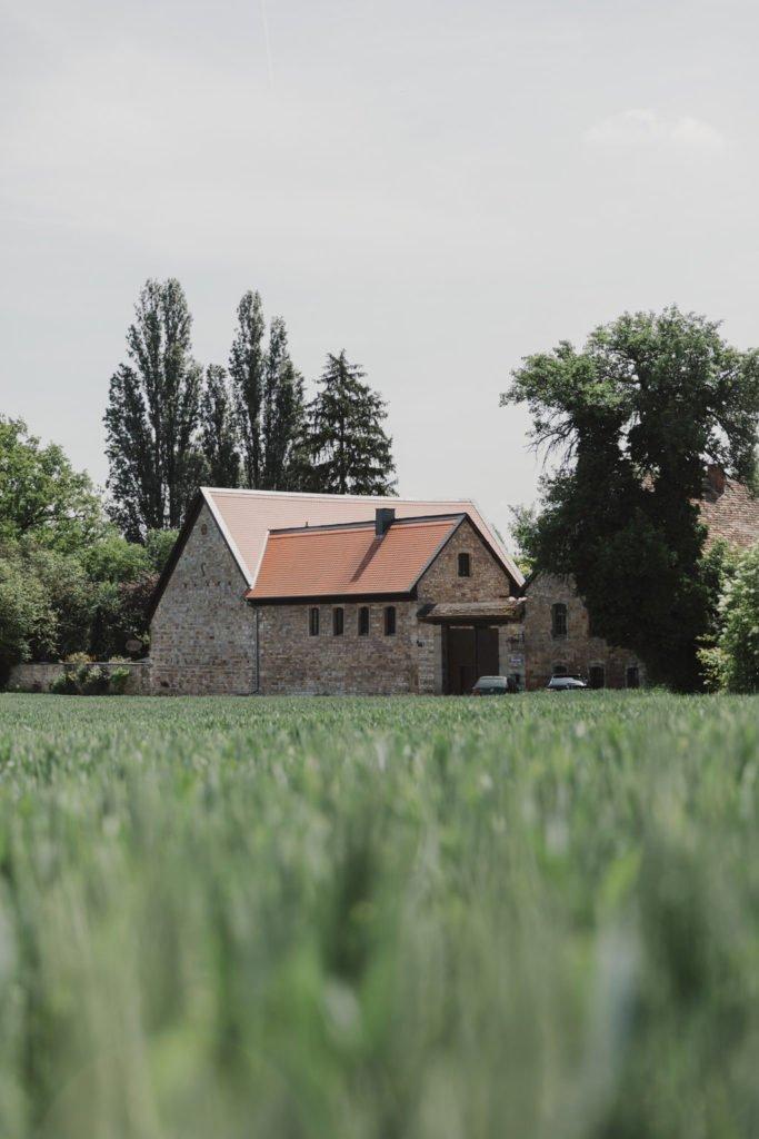 Sommerhochzeit im Garten in der Wiesenmühle