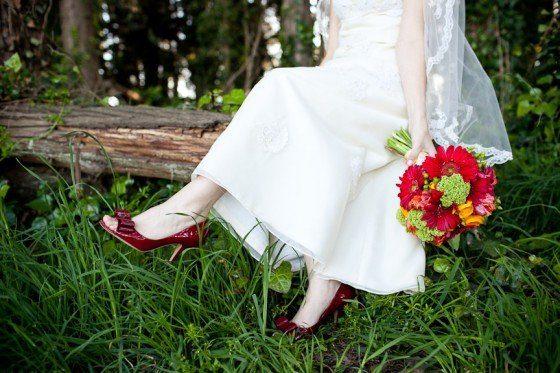 Sonntagshäppchen: Schuhe und Strauß – ein perfektes Paar