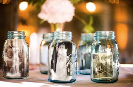 Fotos lockern die Tischdeko auf – und die Gäste