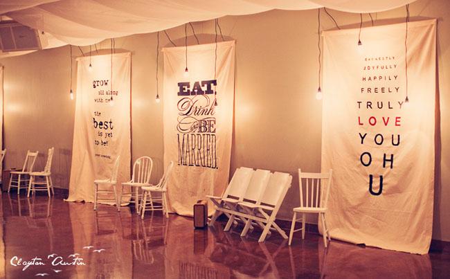 sch ne buchstaben banner bei der hochzeitsdeko. Black Bedroom Furniture Sets. Home Design Ideas