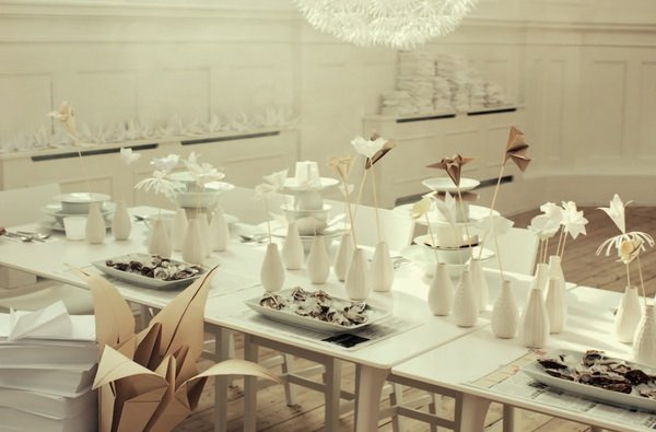 Tischdeko mit origami blumen hochzeitsblog fr ulein k for Ikea tischdeko