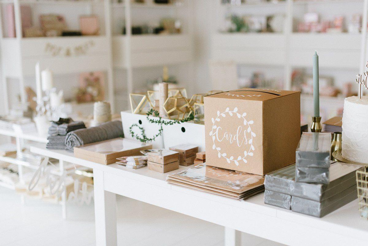 fr ulein k sagt ja pop up store am 27 28. Black Bedroom Furniture Sets. Home Design Ideas