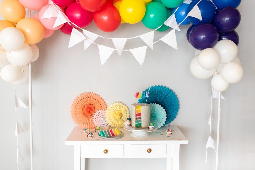 Regenbogen Cake Topper Ballongirlande