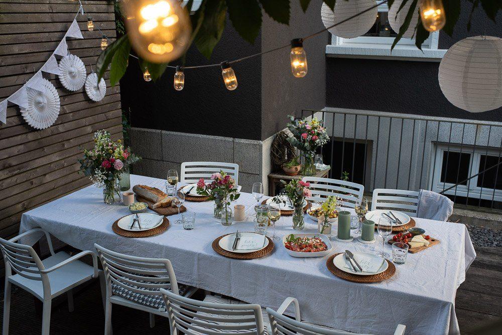 Sommertafel im Garten