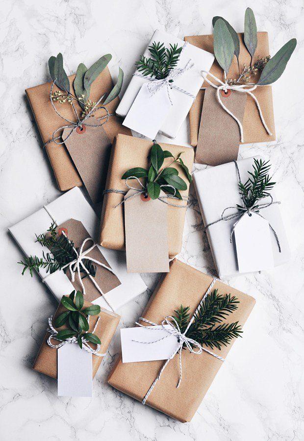Geschenke mit Kraftpapier verpacken