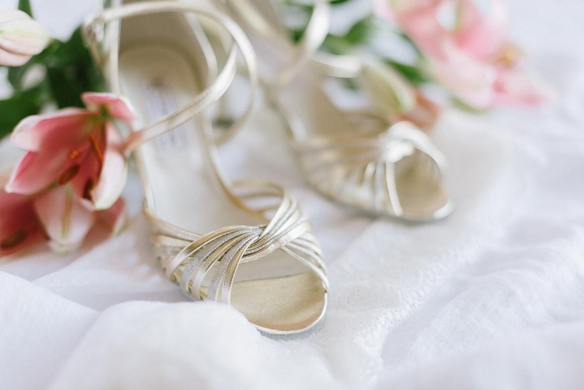 6a17be3a2289 Bei Brautschuhen gilt genau das Gleiche! Daher findet Ihr bei Werner Kern  (Werbung) auch eine feine Auswahl wunderschöner Pumps, die Euer  Hochzeitsoutfit ...